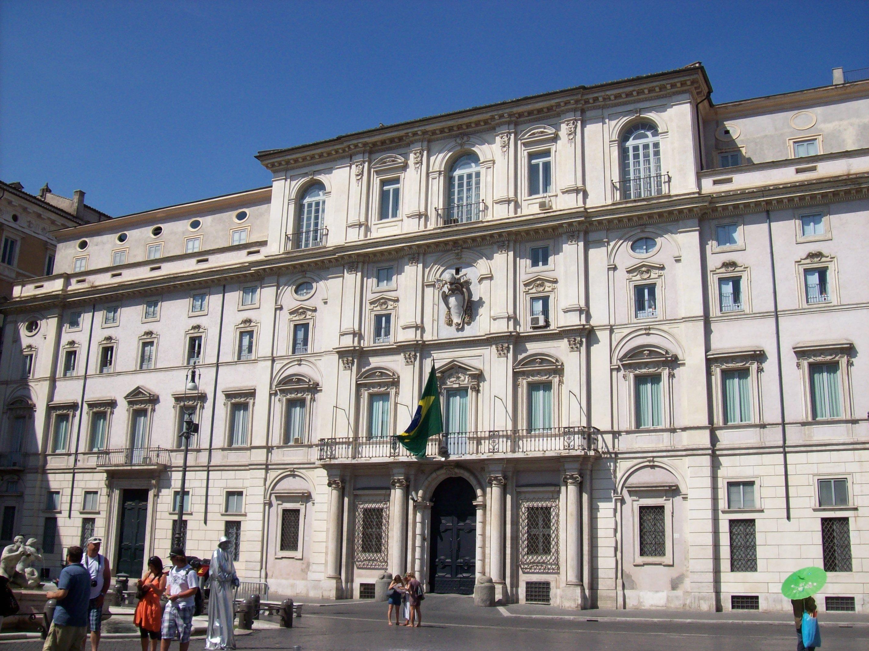 Ambasciata del brasile roma zero - Le finestre roma ...