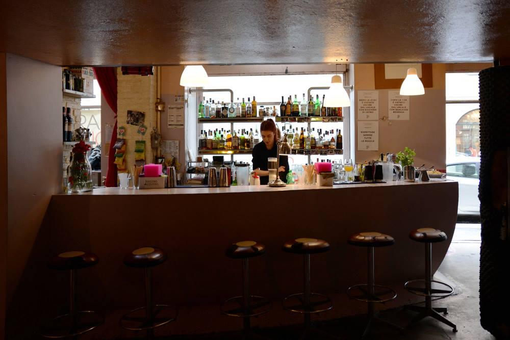Il bancone del Bar Cuore