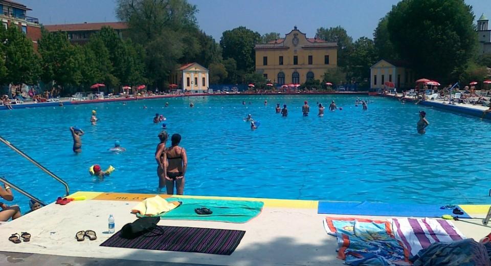 Centro balneare romano milano zero for Piscina x cani milano