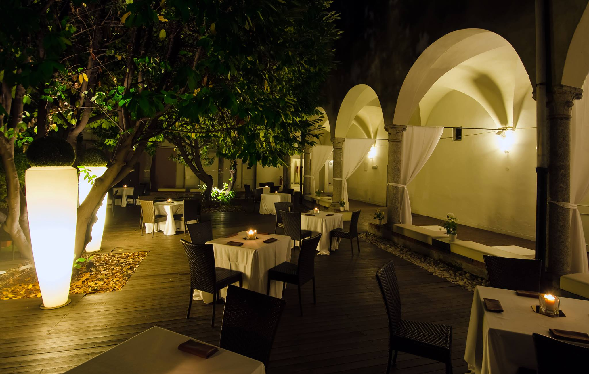 Hotel La Mela Via Alebandro Stoppato  Roma