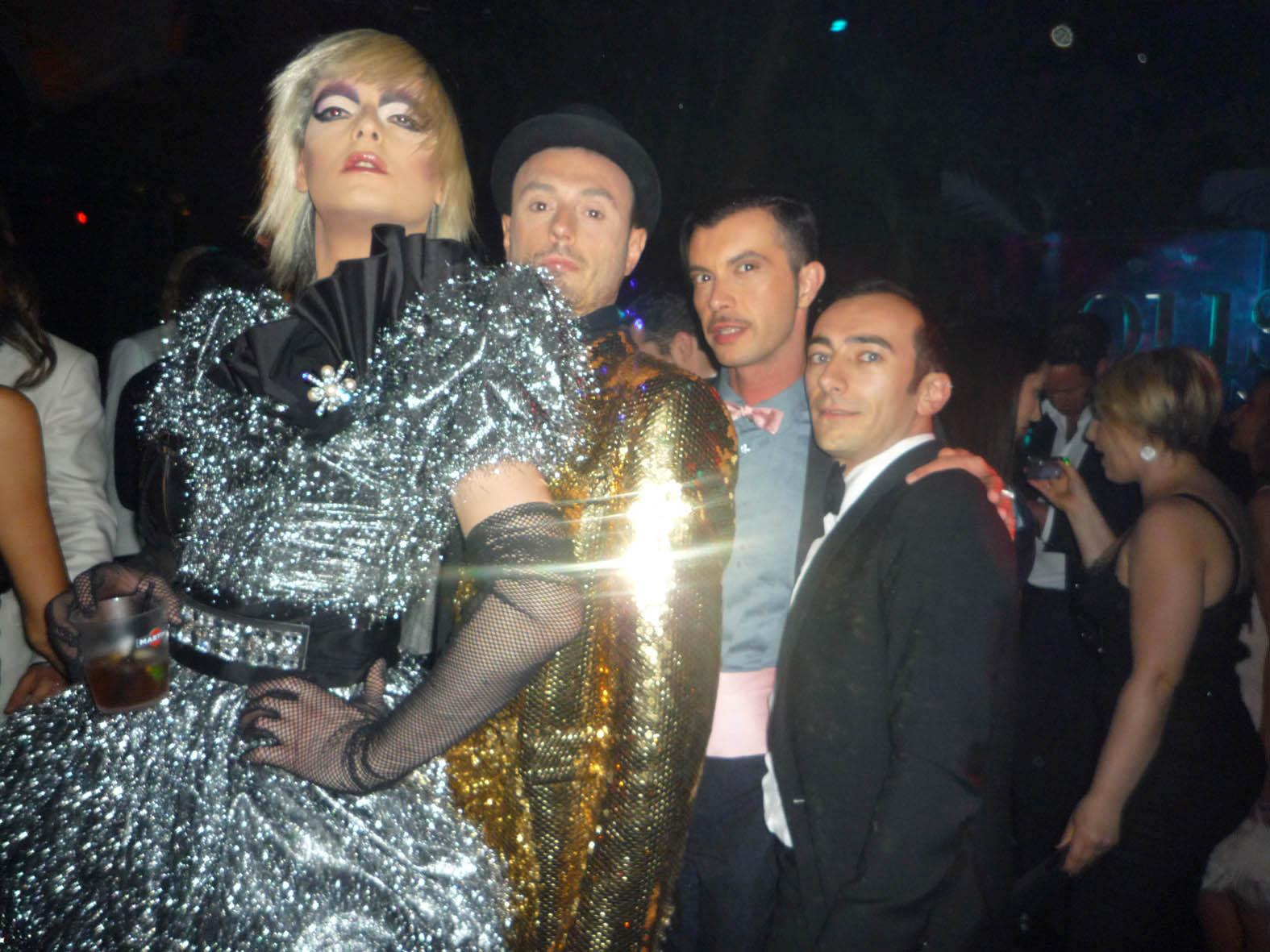La Stryxia, Sergio Tavelli, Luca Crescenzi e Gigi Mandara a Cannes al party di D&G