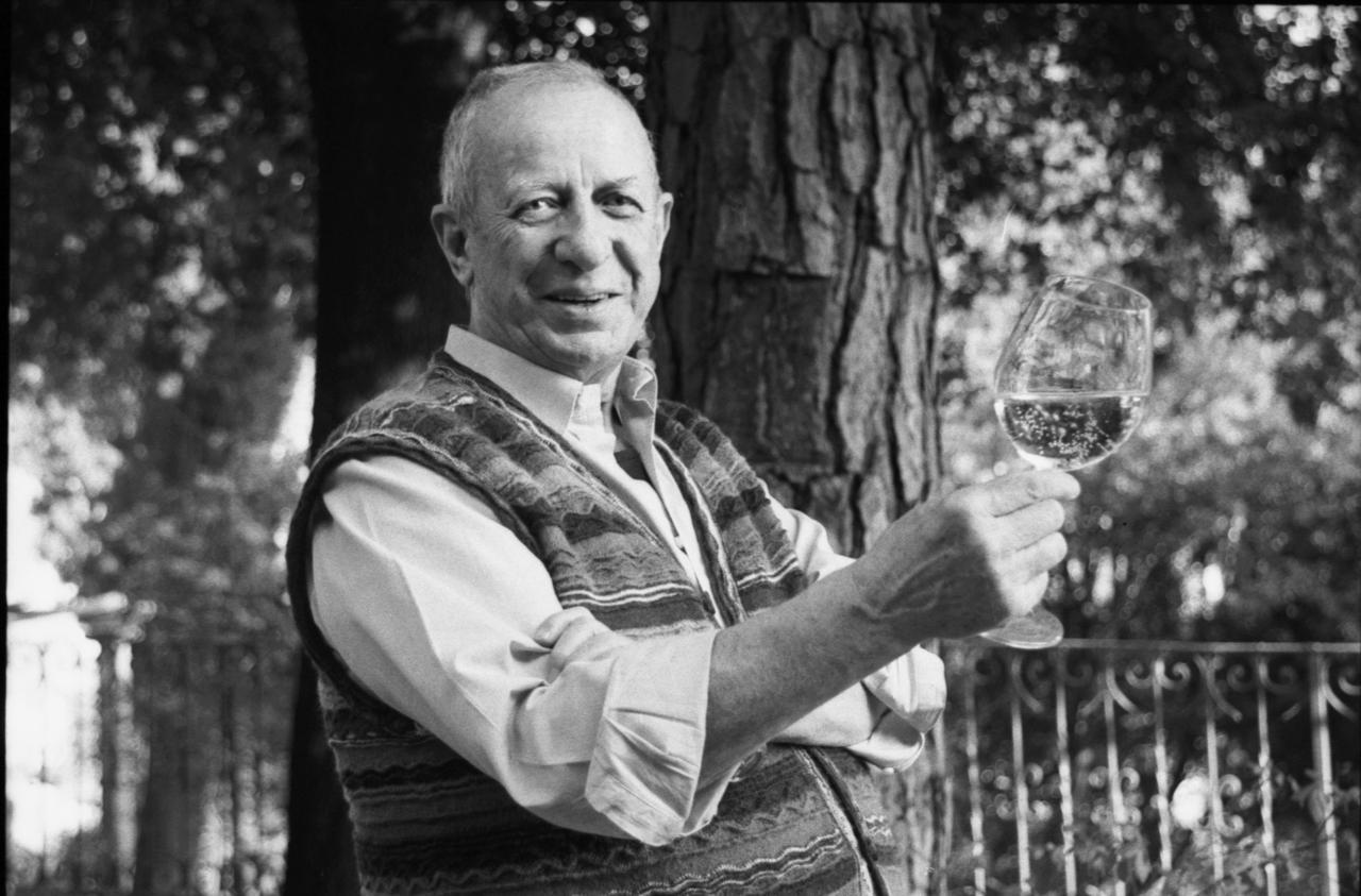 Luigi Veronelli (Milano, 1926 - Bergamo, 2004)