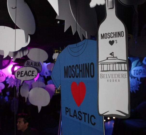 Party di Moschino al Plastic, non ricordiamo l'anno perché eravamo sbronzi di Belvedere