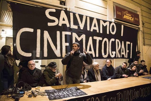 assemblea-cinema-america-occupato-roma