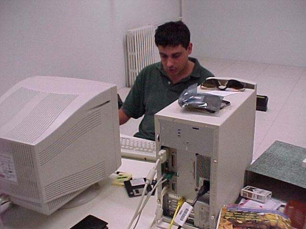 Giuseppe Genna nel 1999, primi giorni di lavoro a Clarence