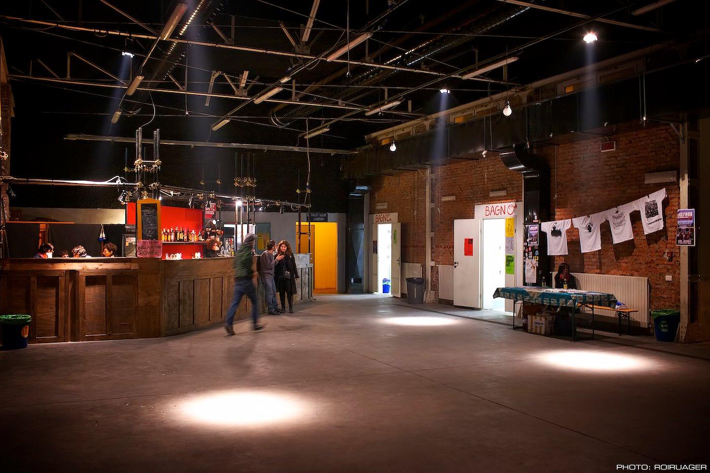 La main room e il bar del TPO