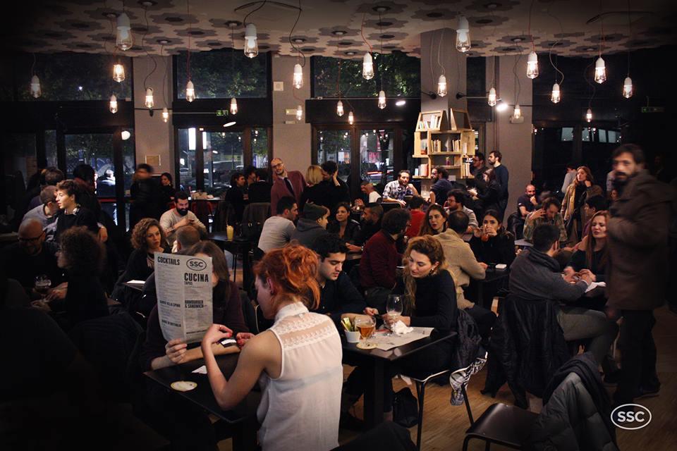 La sala del bar ristorante - © https://www.facebook.com/santeriasocialclub/