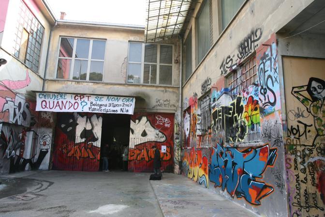 La sede di viale Lenin - foto archivio Nucci/Benvenuti -