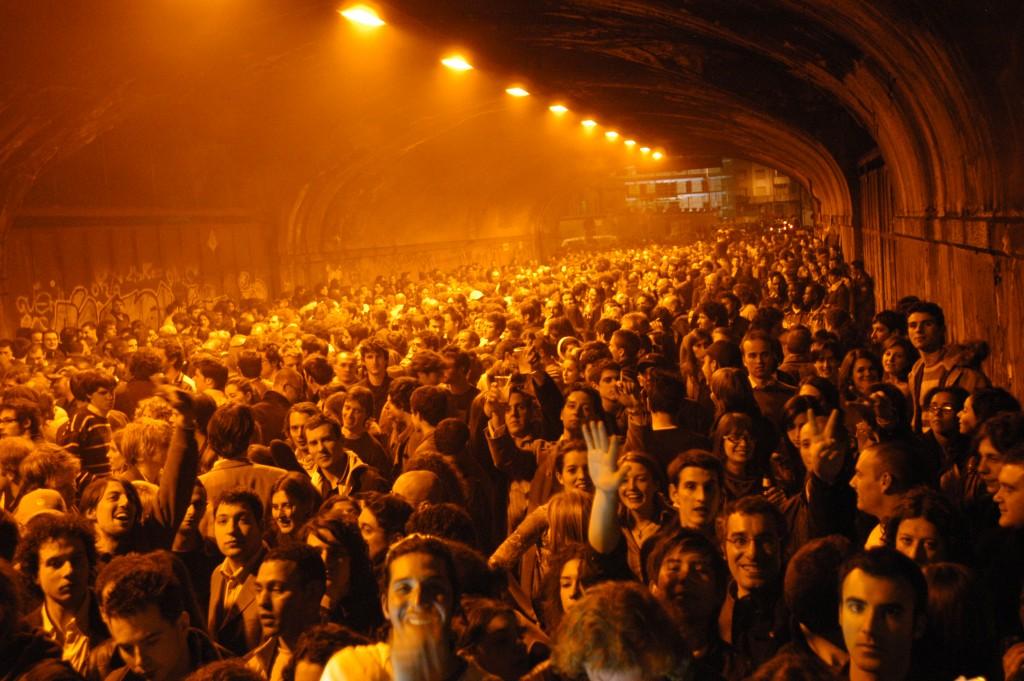 Public Design Festival nel Tunnel sotto i binari della Stazione Centrale, 2005. Foto Laila Pozzo