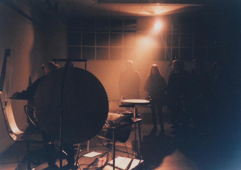Una serata Hundebiss negli scantinati dell'edificio di Via Cletto Arrighi, al Lambretto, occupato da Andrea Caputo, Invernomuto, Lorenzo Senni e altri qualche anno fa