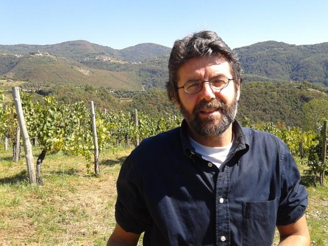 Michele Loda tra le sue vigne