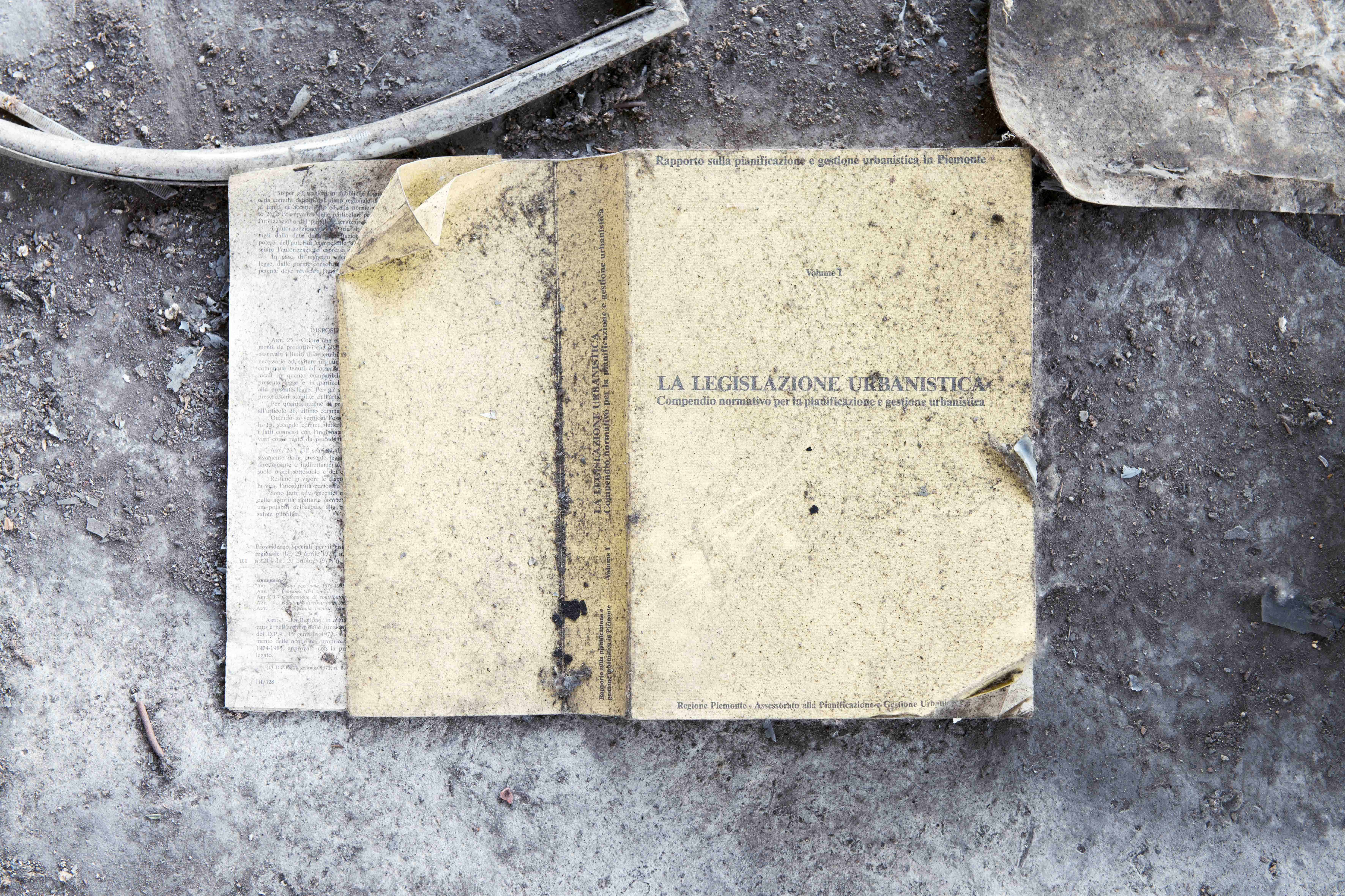 Marzia Migliora In the Country of Last Things #15, 2016 Fine art pigment print mounted on aluminium 110x155 cm Edition of 3 © Marzia Migliora Courtesy Galleria Lia Rumma, Milano/Napol