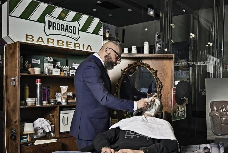 La barberia del fuorisalone signorini barberia milano for Orari fuorisalone milano