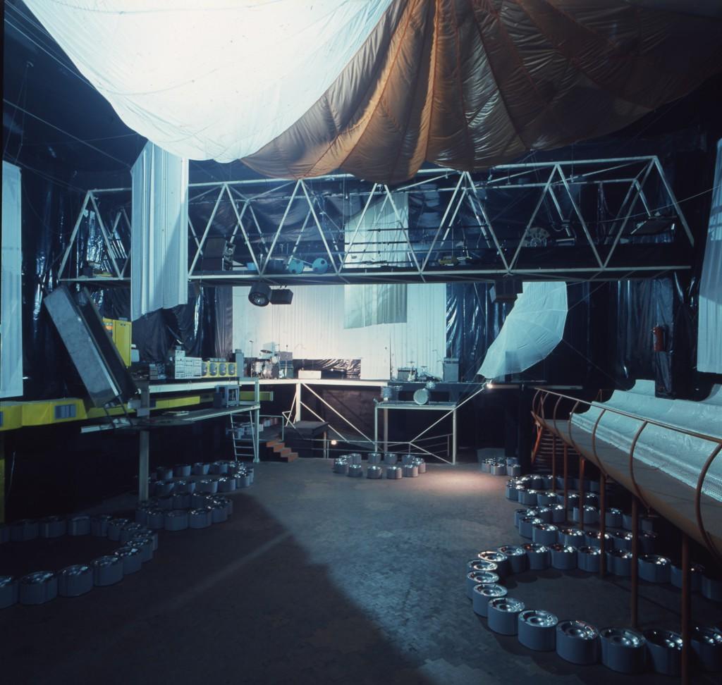 Space Electronic piano superiore © Gruppo 9999 Carlo Caldini