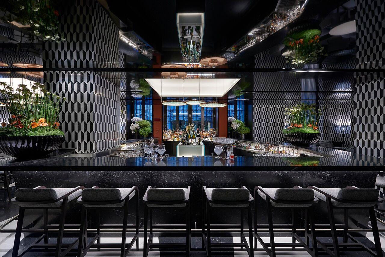 Il regno di Mattia: il Mandarin Bar