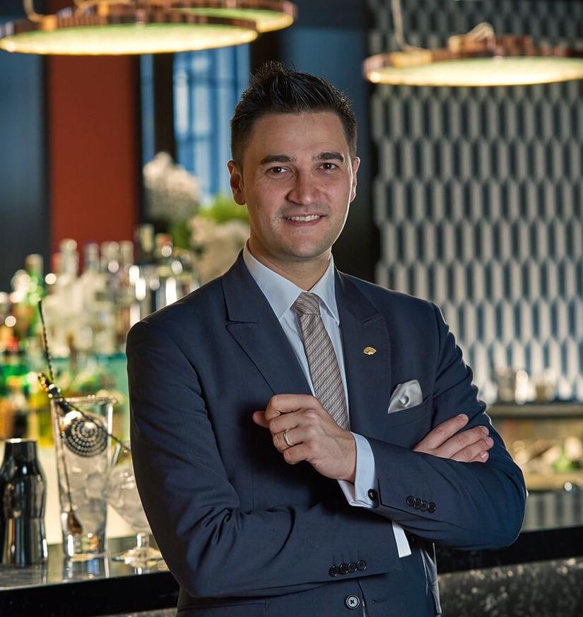 Mattia Pastori: da Pavia passando per Chester e  la California, inizia la sua carriera negli hotel a 5 stelle