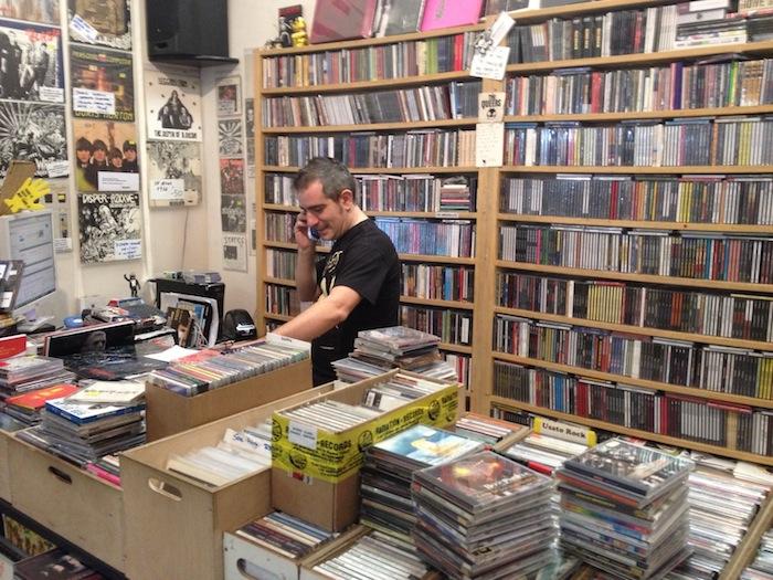 Marco Sannino multitasking @ Radiation Records