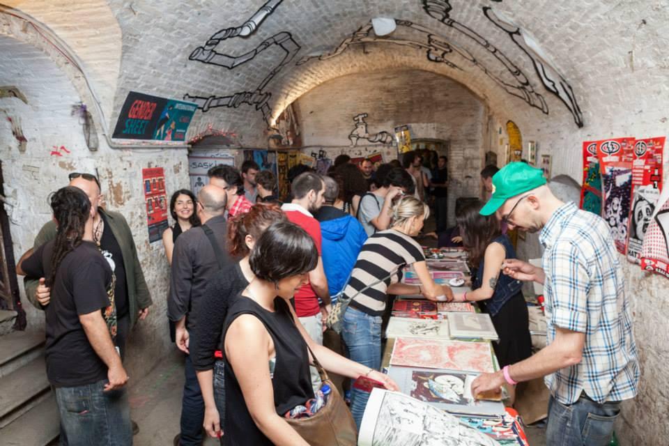 Le celle ai piani bassi del Forte, qui durante lo svolgimento del festival Crack! Fumetti Dirompenti.