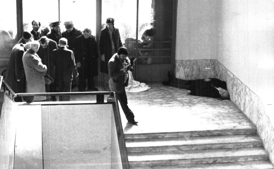 Le Brigate Rosse freddano Vittorio Bachelet nei corridoi della Sapienza, 12/02/1980.