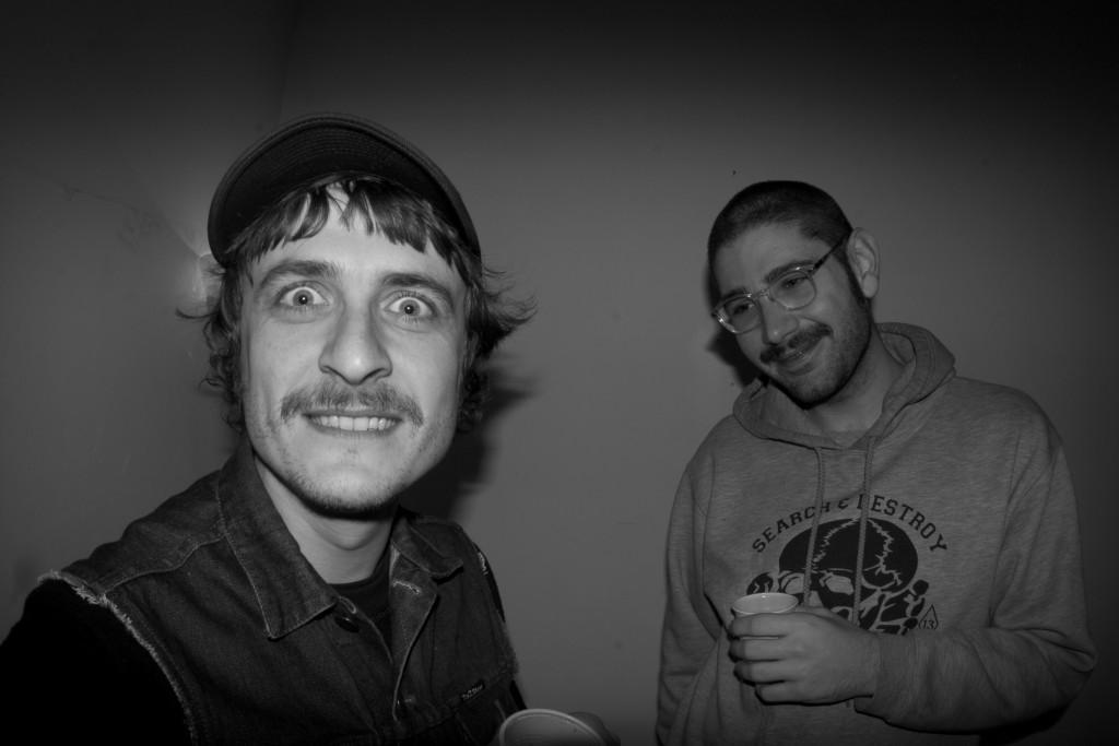 Federico Sarica e Giorgio Di Salvo spiritati, filtro b/n - foto di Sha Ribeiro
