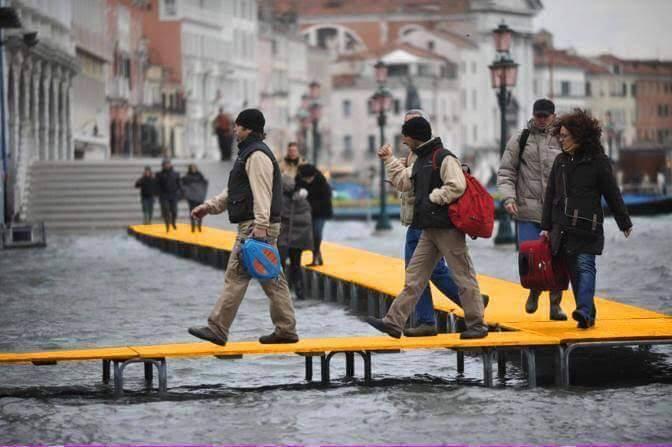Se c'è troppa gente si può sempre andare a Venezia © Cesare Bozzetti