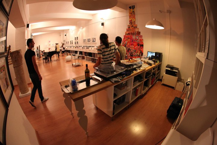 Strictly Groove concept store