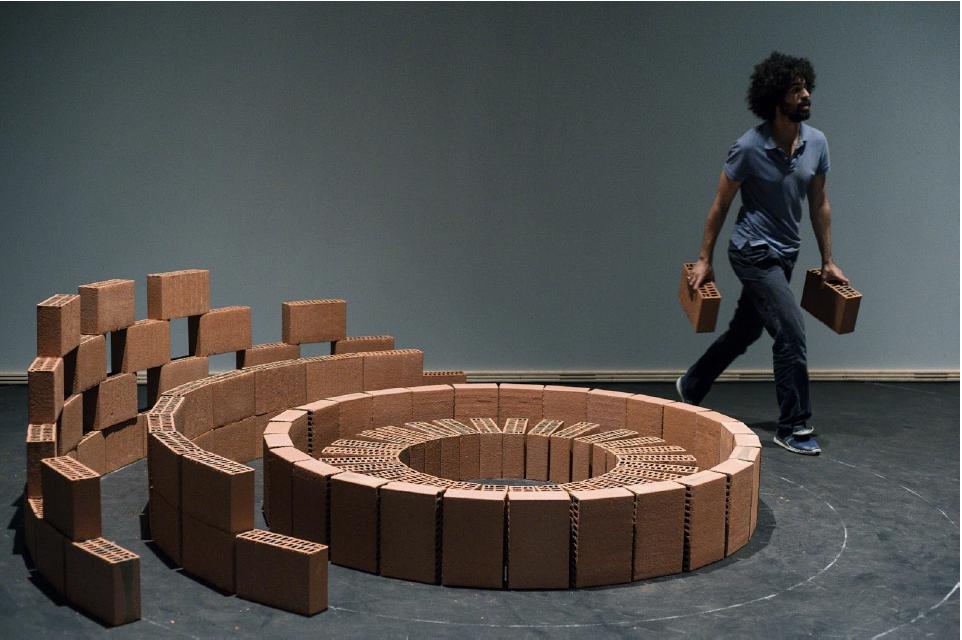 """Lo spettacolo """"3600"""" che il coreografo Radouan Mriziga porterà a Short Theatre 2016."""