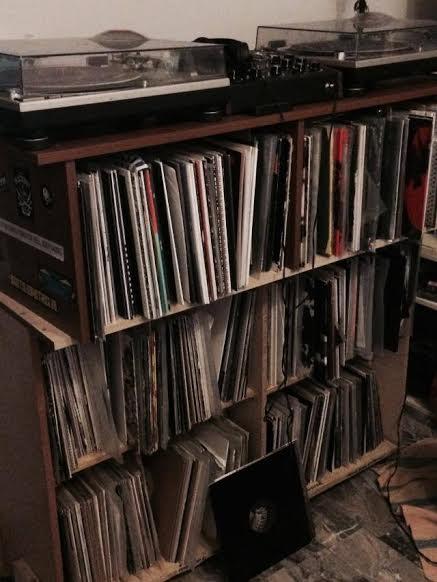 Una parte della collezione di dischi di Gambo