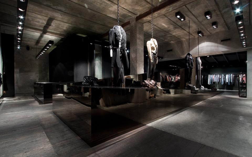 Antonioli store a Milano in via P. Paoli