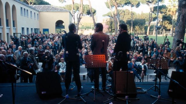 Walter Veltroni, Gegé Telesforo e Luciano Linzi all'inaugurazione della Casa del Jazz, nell'aprile 2005