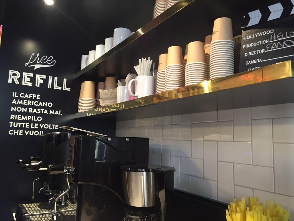 Il caffè americano è free refill dopo aver acquistato la prima tazza