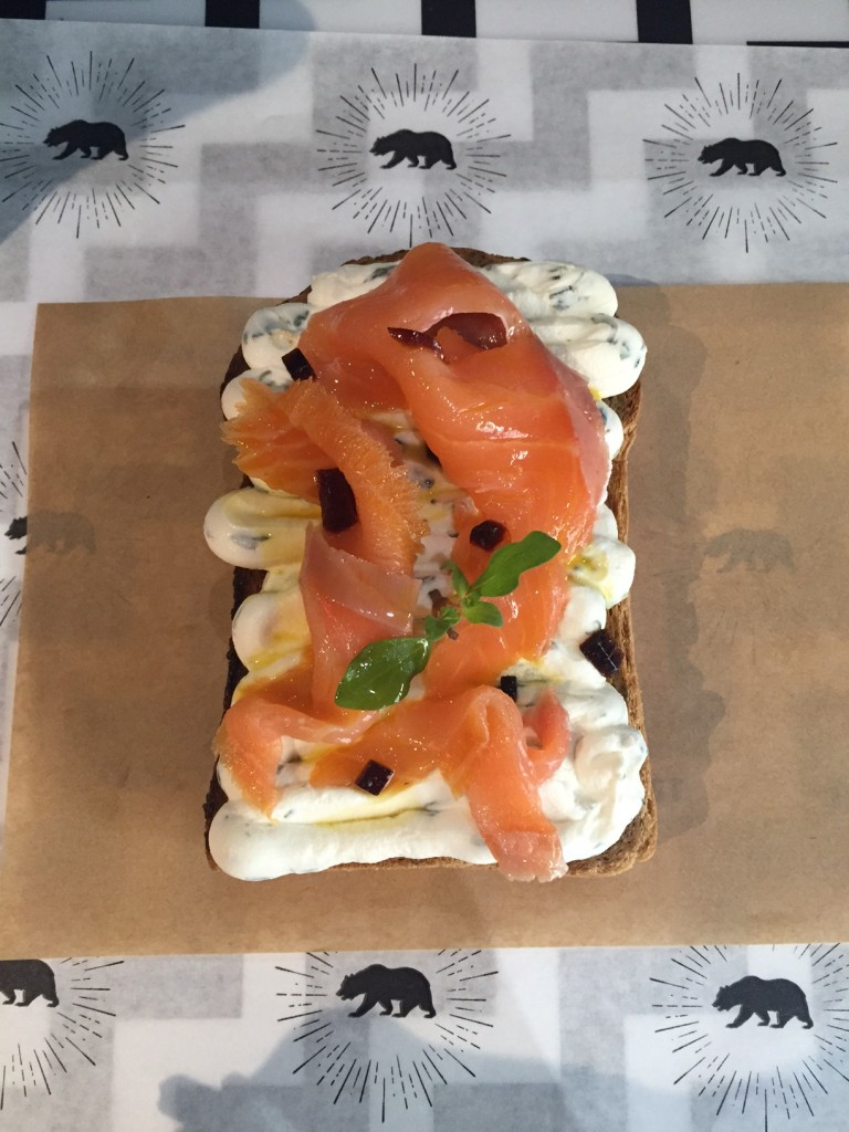 Un epic Salomn Toast