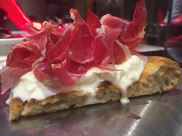 la-taverna-gourmet-pizza-patanegra-stracciatella