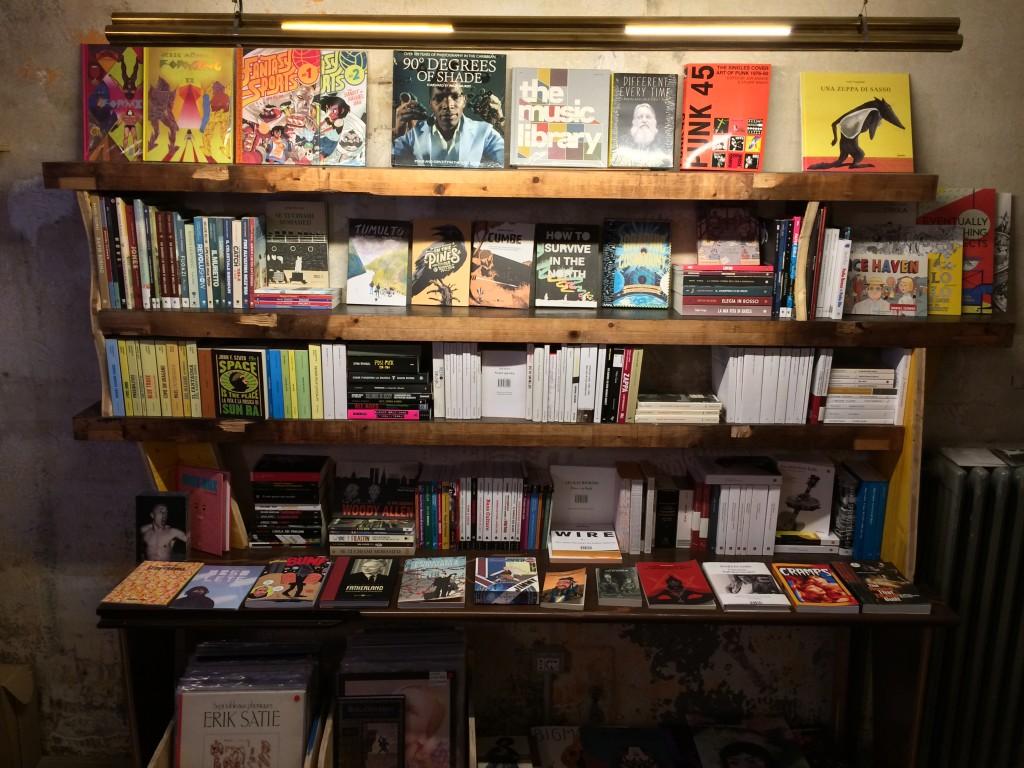 Volume-dischi-libri