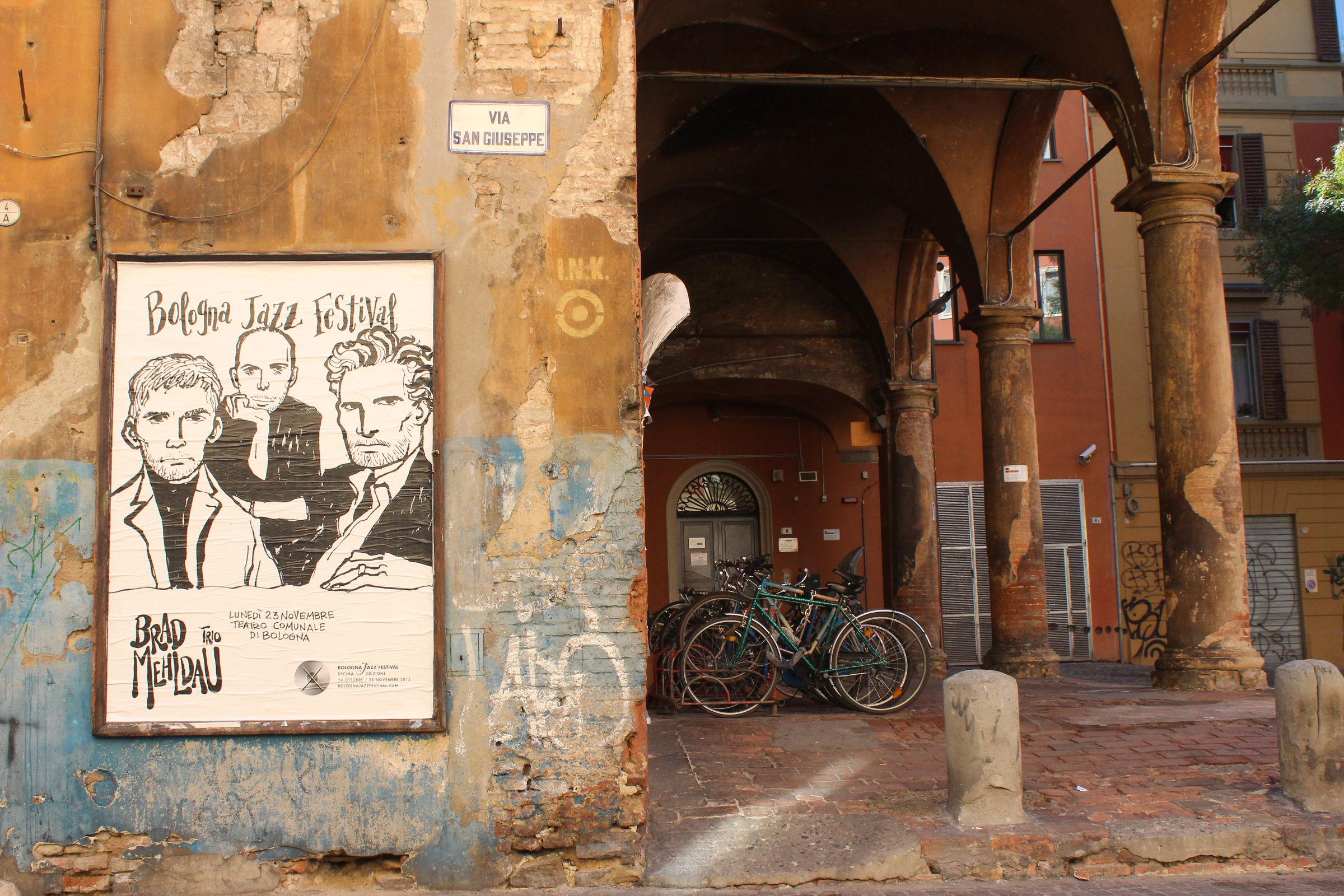 I poster di CHEAP disegnati da Vanna Vinci per il Bologna Jazz Festival