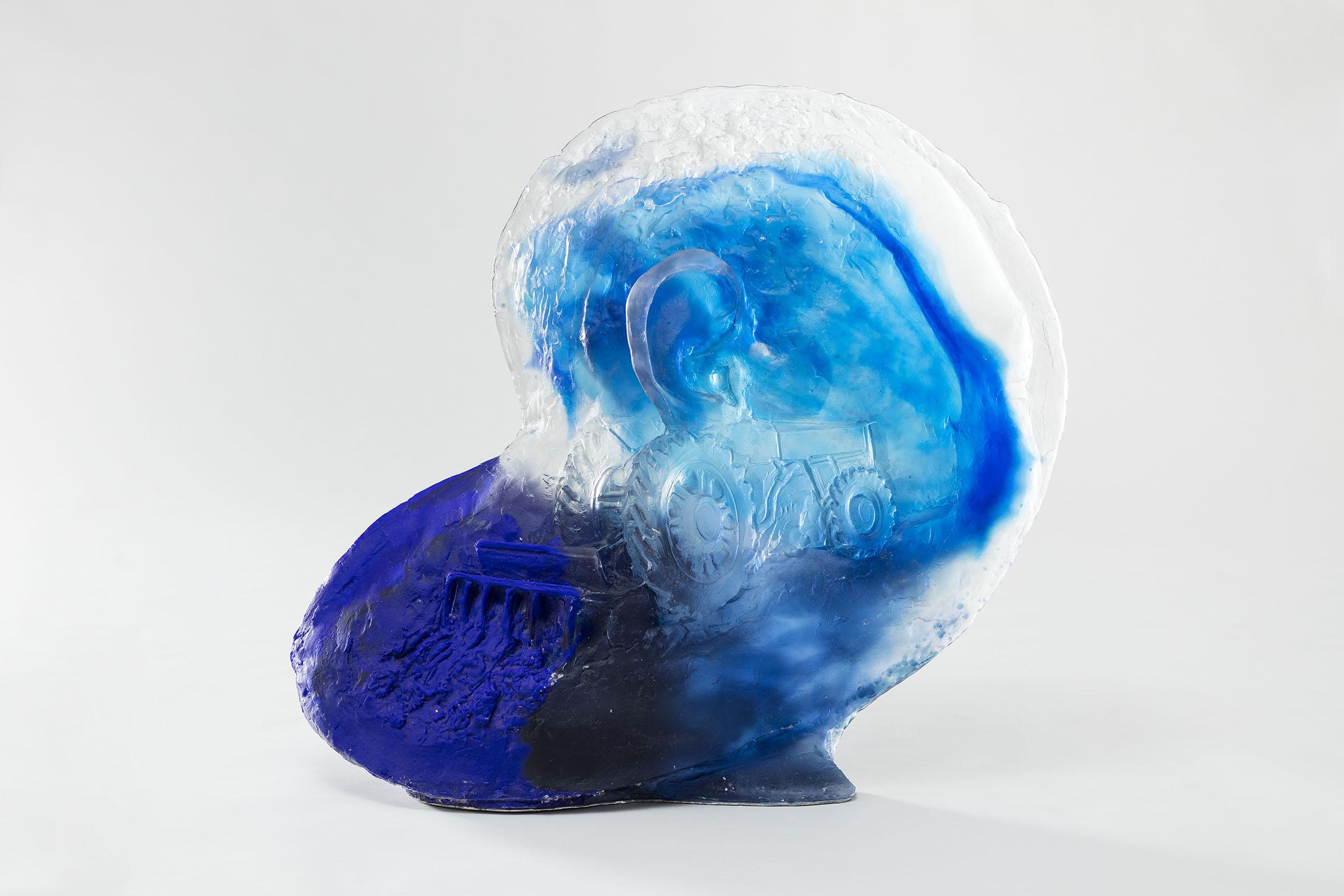 Diego Perrone Senza Titolo, 2016 Vetro 73 × 80 × 34 cm Foto di Andrea Rossetti Courtesy Massimo De Carlo, Milano/Londra/Hong Kong