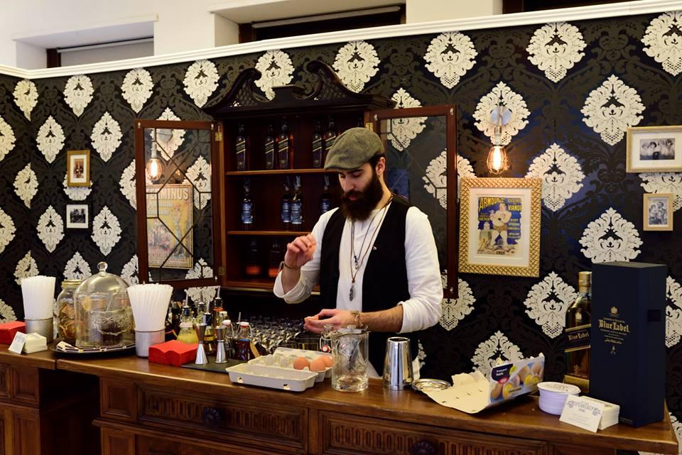Whisky e mixologia, in uno dei tanti bar dedicati ai cocktail all'interno di Spirit of Scotland.