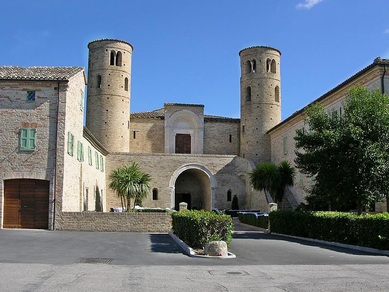 San Claudio al Chienti.