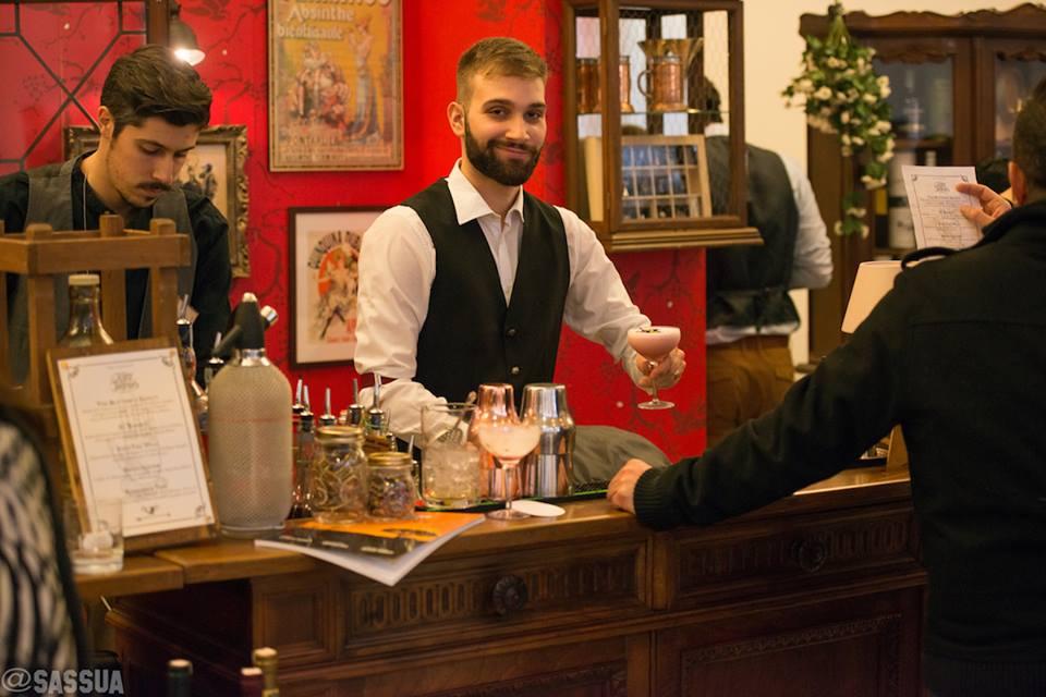 Il corner dedicato ai cocktail all'interno di Spirit of Scotland.