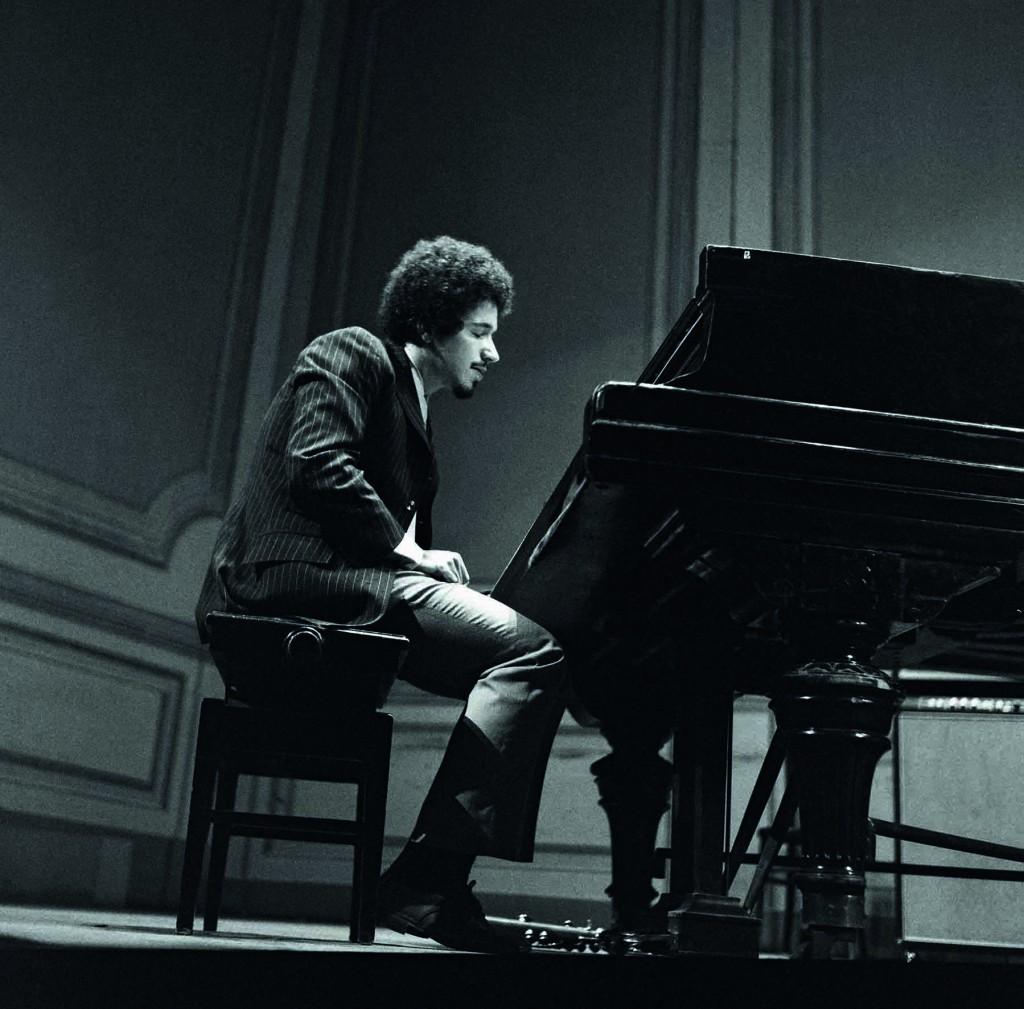 Keith Jarrett a Bologna nel 1968 © Roberto Masotti