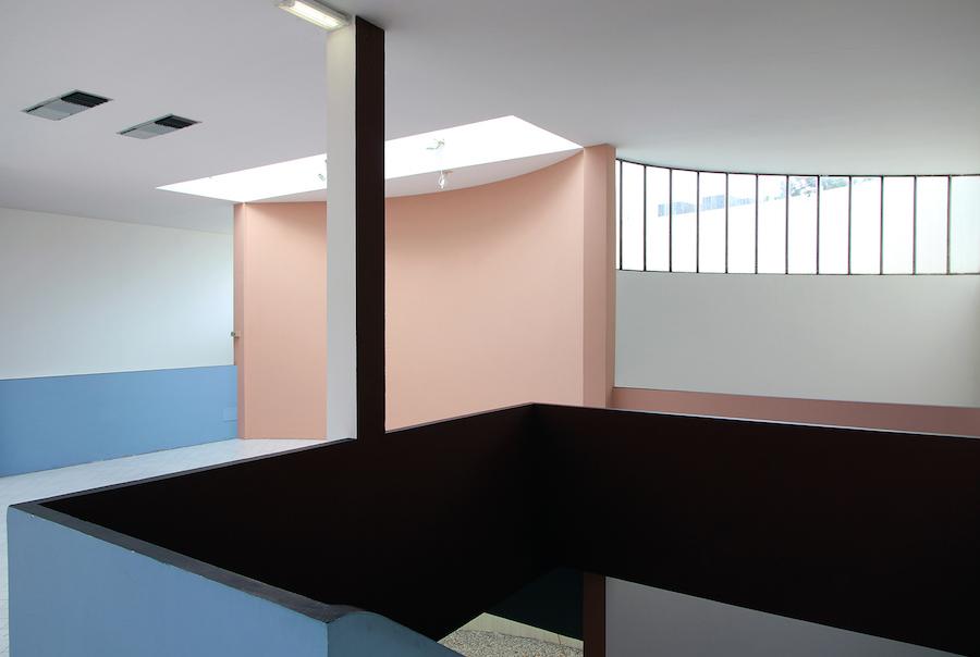 Dettaglio dell'interno del Padiglione Esprit Nouveau, Bologna, 2014. Foto e courtesy Cristian Chironi