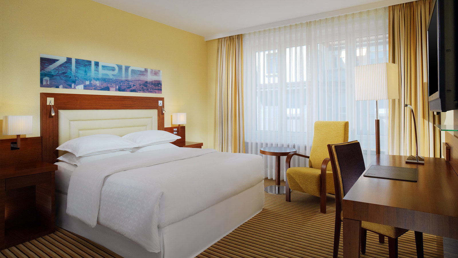 Sheraton-Zrich-Neues-Schloss-Hotel-Executive-Room