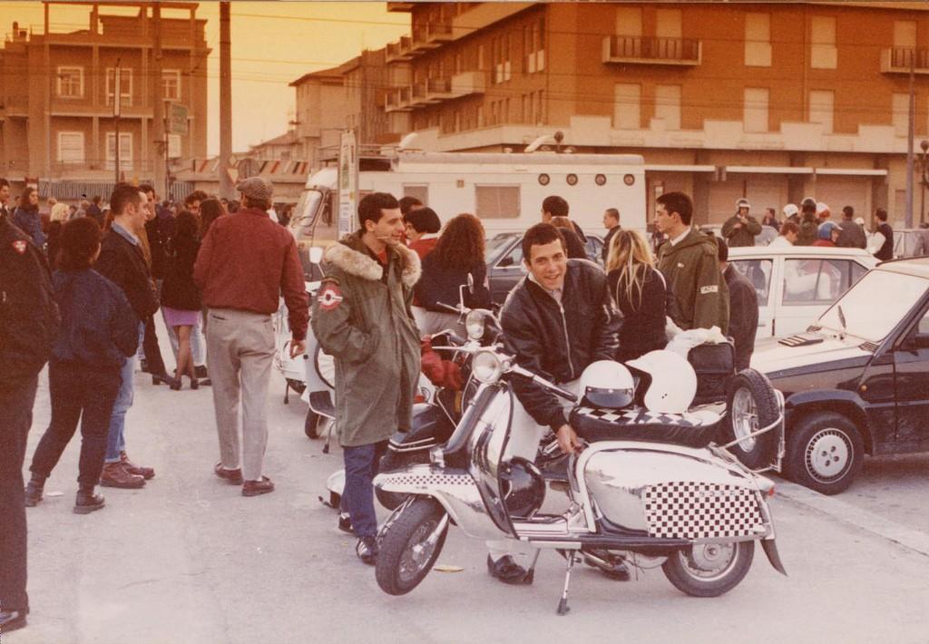 Raduno mod a Rimini del 1989.