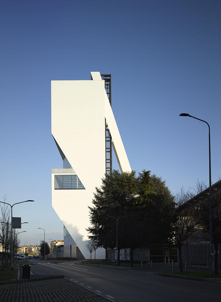 Fondazione_Prada_Torre_3