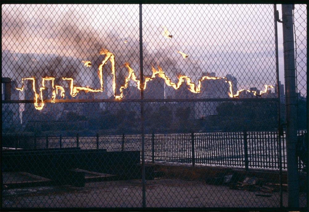 Il landscape di New York infuocato, 1982.