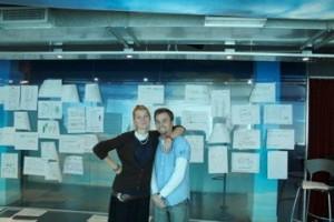 Marina insieme a Christopher Jones (coppia creativa) in Saatchi & Saatchi  (Londra)