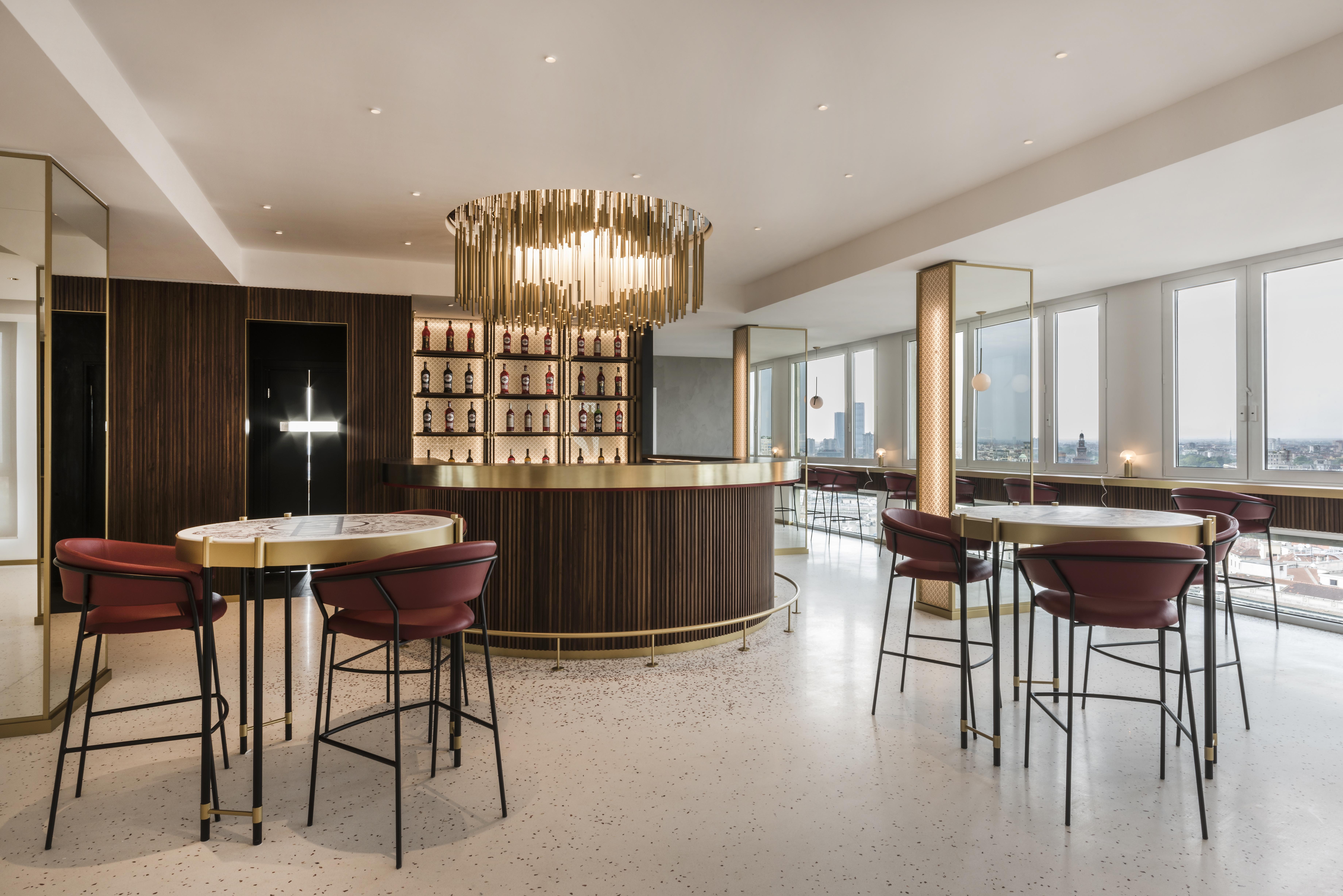 Il Prisma for Terrazza Martini piano 15 Bar