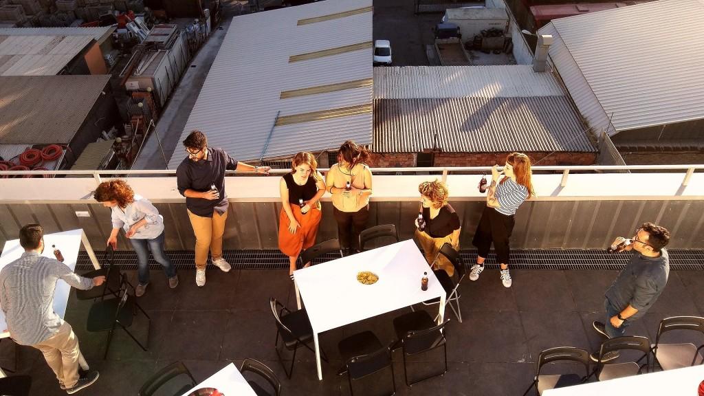 Sulla terrazza di HUB.