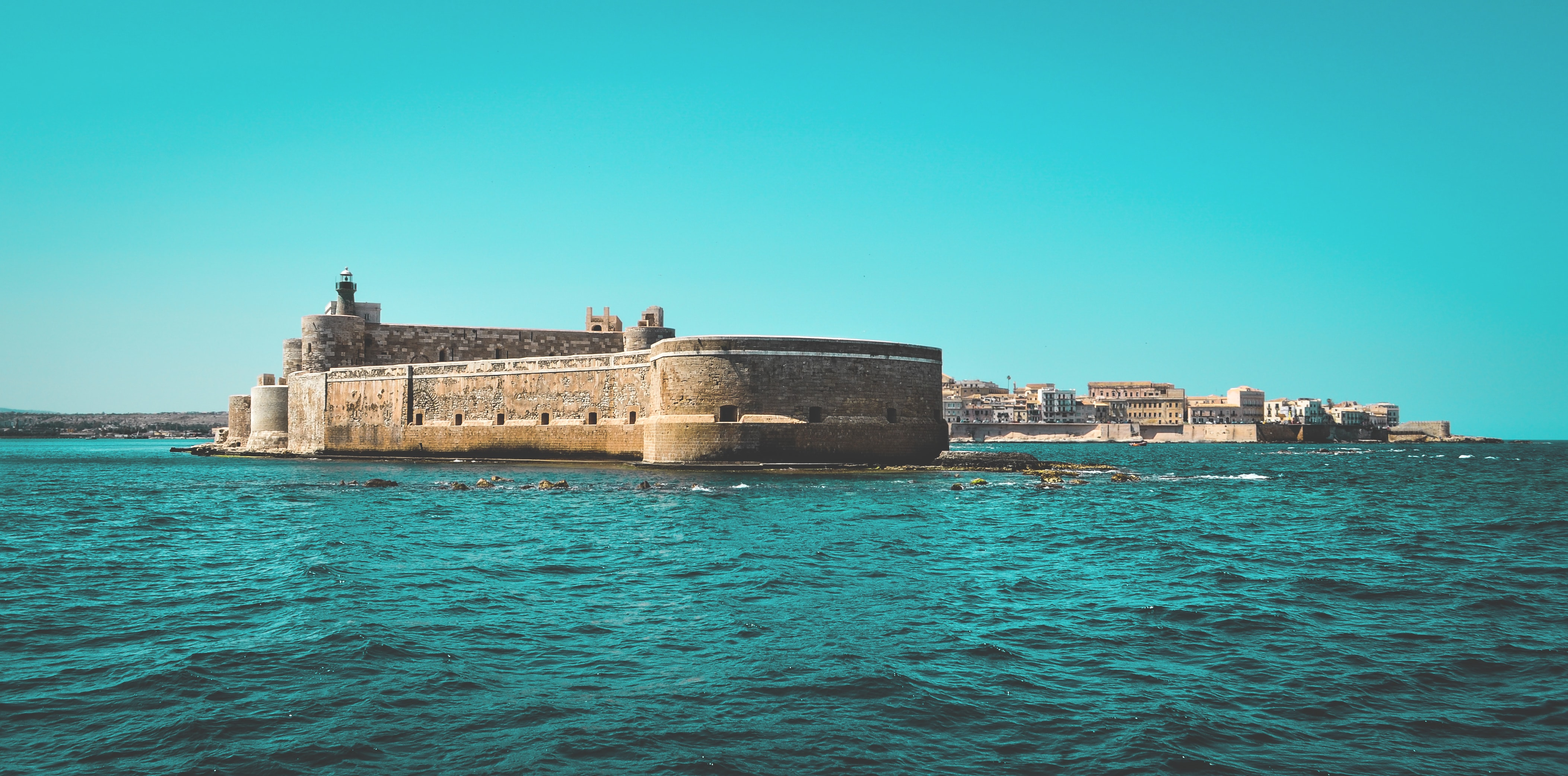 Il Castello Maniace di Ortigia visto dalla nave del Boat Party